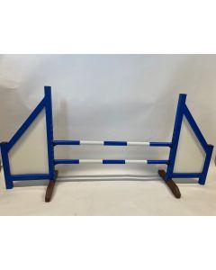 Przeszkoda niebieska (zamknięta) w komplecie z dwoma drążkami sprężynowymi i 4 wspornikami do zawieszenia